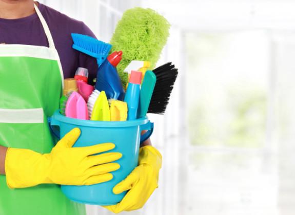 شركة الصفرات للتنظيف 0563238725 - صفحة 2 Giup_viec_nha_khu_dong_21