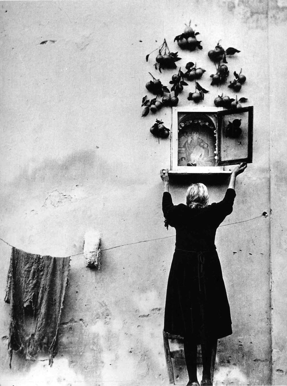 40 Breathtaking Black and White Photographs Capture ...