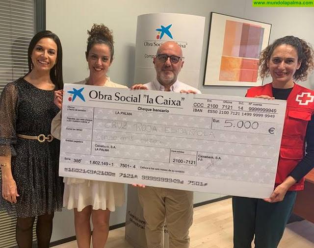 """La Obra Social """"la Caixa"""" y Cruz Roja renuevan dos proyectos para personas con diversidad funcional y familias sin recursos en La Palma"""