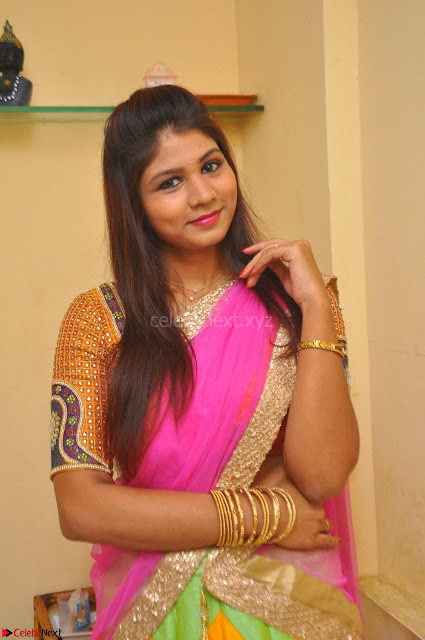 Lucky Sree in dasling Pink Saree and Orange Choli DSC 0325 1600x1063.JPG