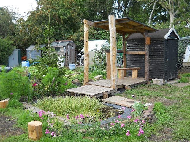 allotment shelter