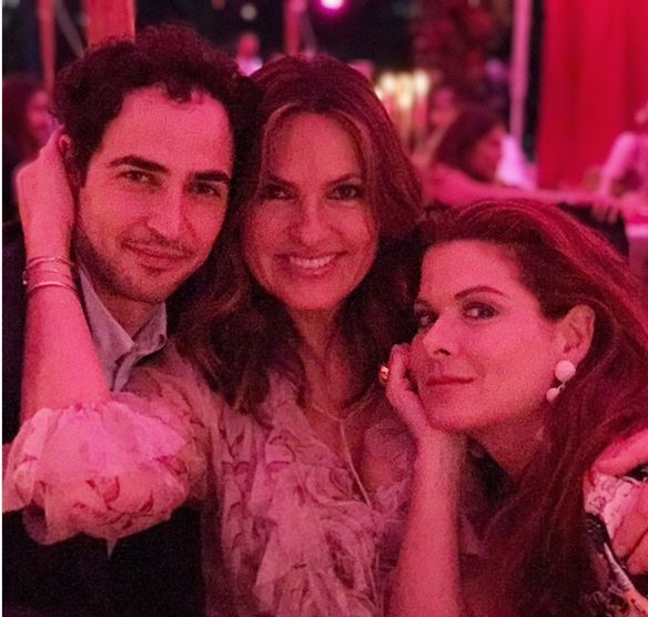 Mariska Hargitay News Penn Badgley And Domino Kirke Second Wedding