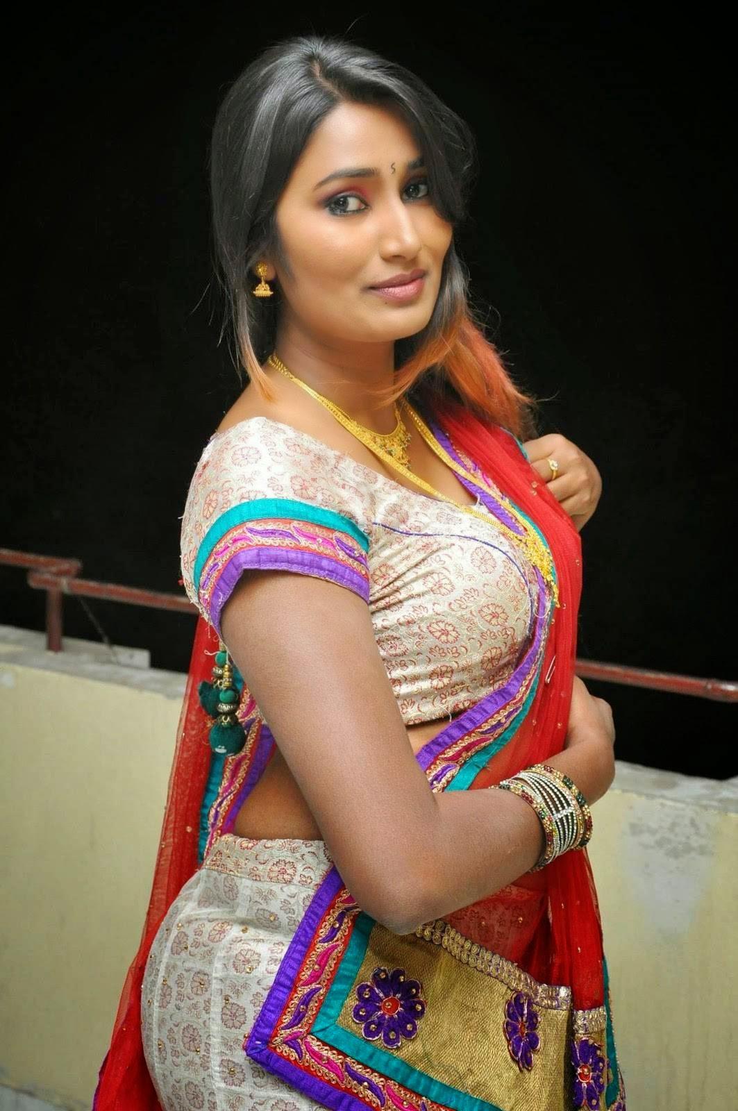 Actress Swathi Naidu Hot Navel Show Images - Cap-2028
