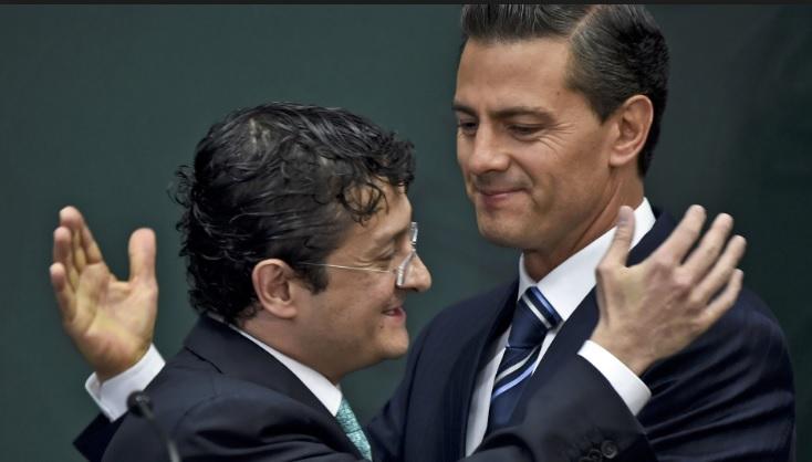 Peña Nieto, abrazo