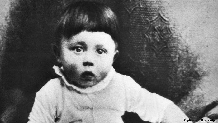 O bebê Hitler