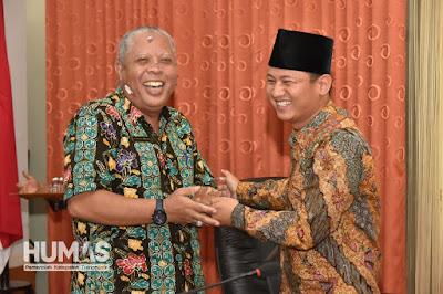 Asda Sugeng Widodo Dapatkan Kejutan Ulang Tahun Saat Break Review and Lunch