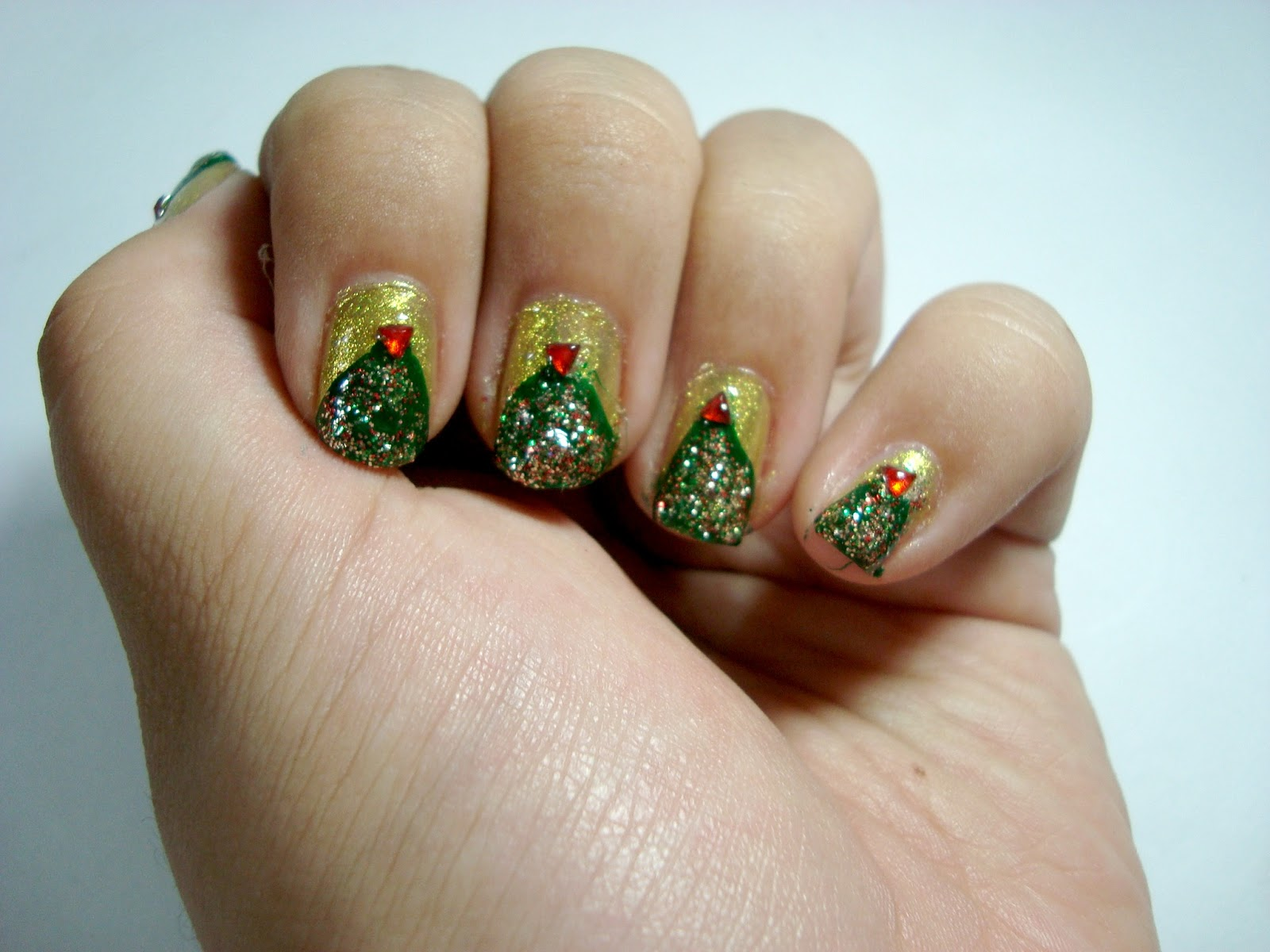 Nails | Oh Christmas Tree