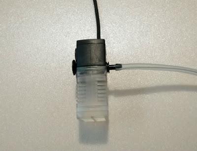 ワイヤー入りエアチューブを取り付けたテトラマイクロフィルター