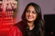 Anushka at Rudramadevi Promotion-thumbnail-14