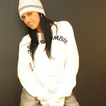 Andrea Rincon, Selena Spice Galeria 19: Buso Blanco y Jean Negro, Estilo Rapero Foto 21