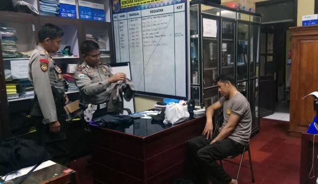 Polisi gadungan saat diamankan