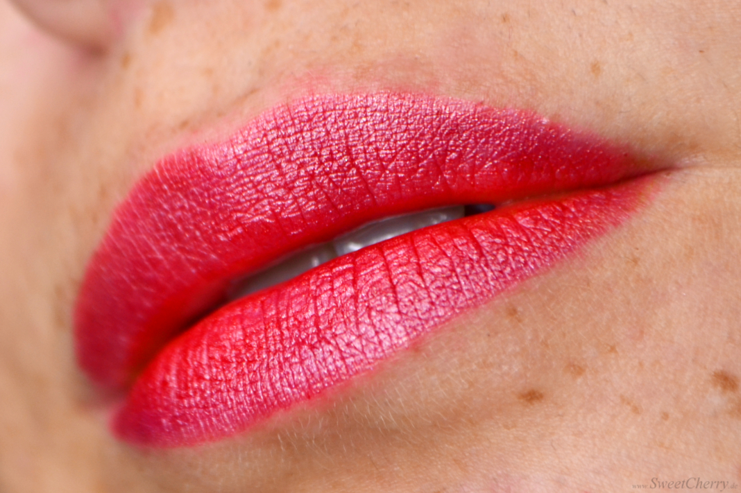 Tana Cosmetics EGYPT-WONDER® Day + Night Lipstick - Tragebild