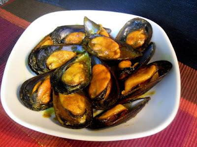 Mejillones con salsa de curry sin lactosa