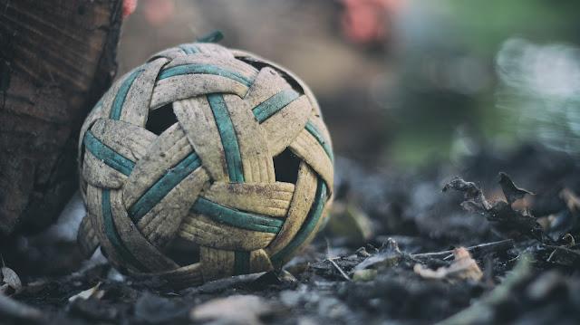 Ukuran dan Bahan Bola Sepak Takraw