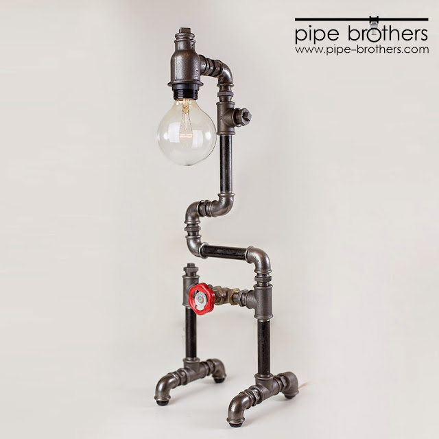 Industrial-Grunge lighting by The Pipe Brothers, Alexi and Toni Abou Sleiman > Bananapook