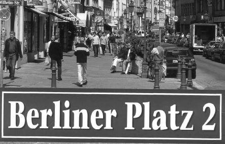 الكتاب الرائع Berliner Platz 2 مع الصوتيات والحلول