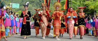 Budaya Parokial