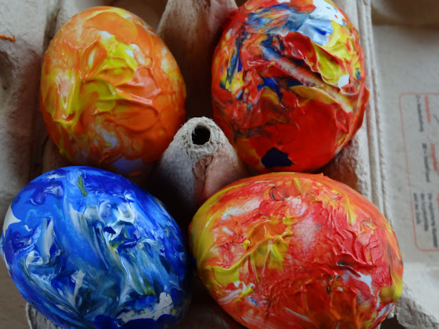 Bodenseewellen: Eier Gestalten Mit Kleinkindern