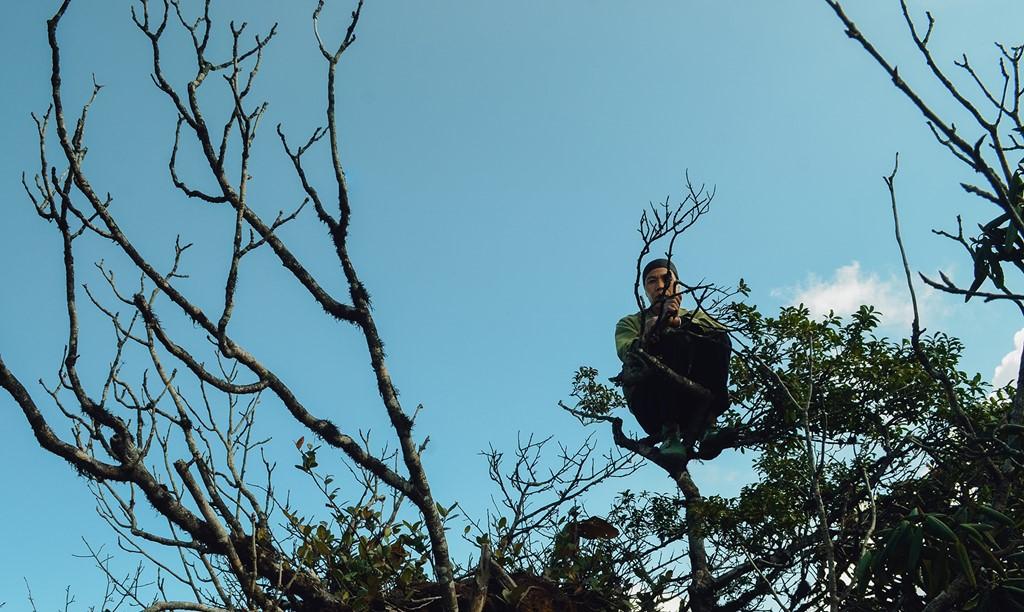 Trekking đỉnh Putaleng và tận hưởng dư vị huyền bí đậm chất núi rừng