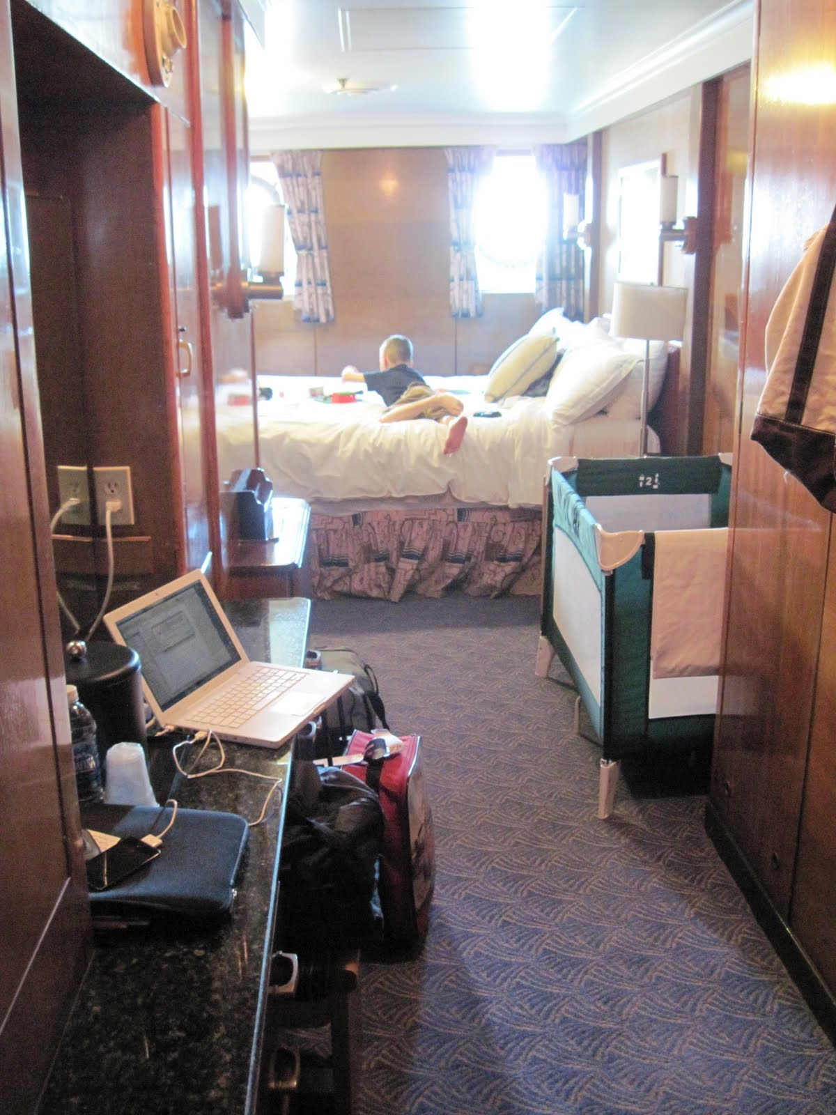 Inside A Cruise Ship Engine Room: Symphony In B & G Major : Spring Break Part III, The Queen