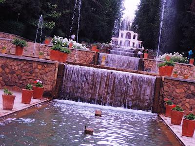 """Résultat de recherche d'images pour """"le jardin persan en iran"""""""