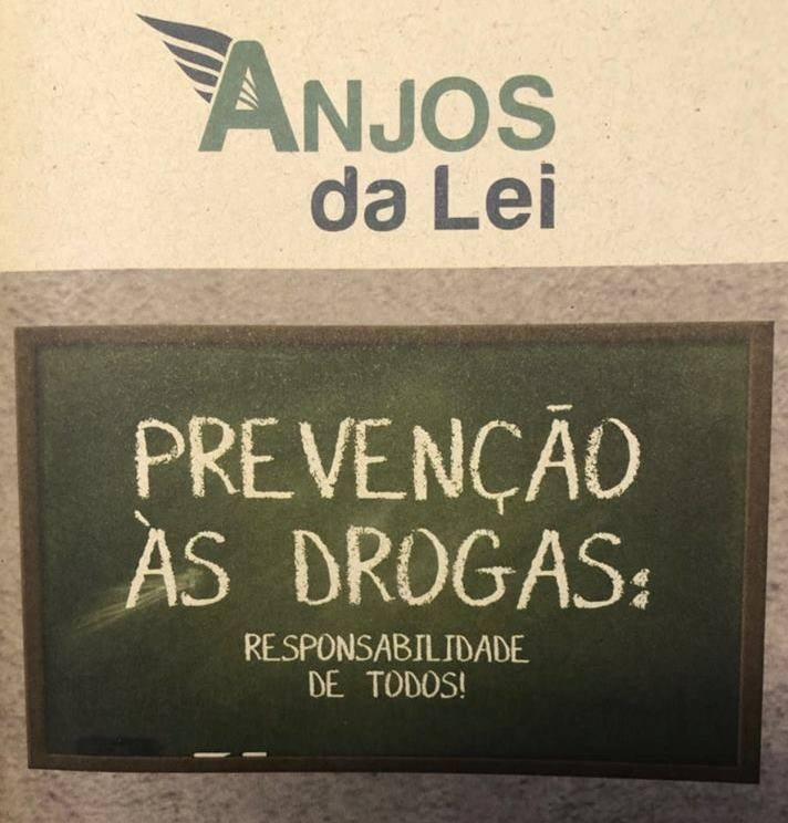 Operação Anjos da Lei combate o tráfico de drogas próximo de escolas de todo Brasil