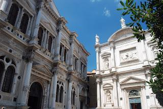 Scuola et Eglise San Rocco. A Venise, il existait de nombreuses scuole…