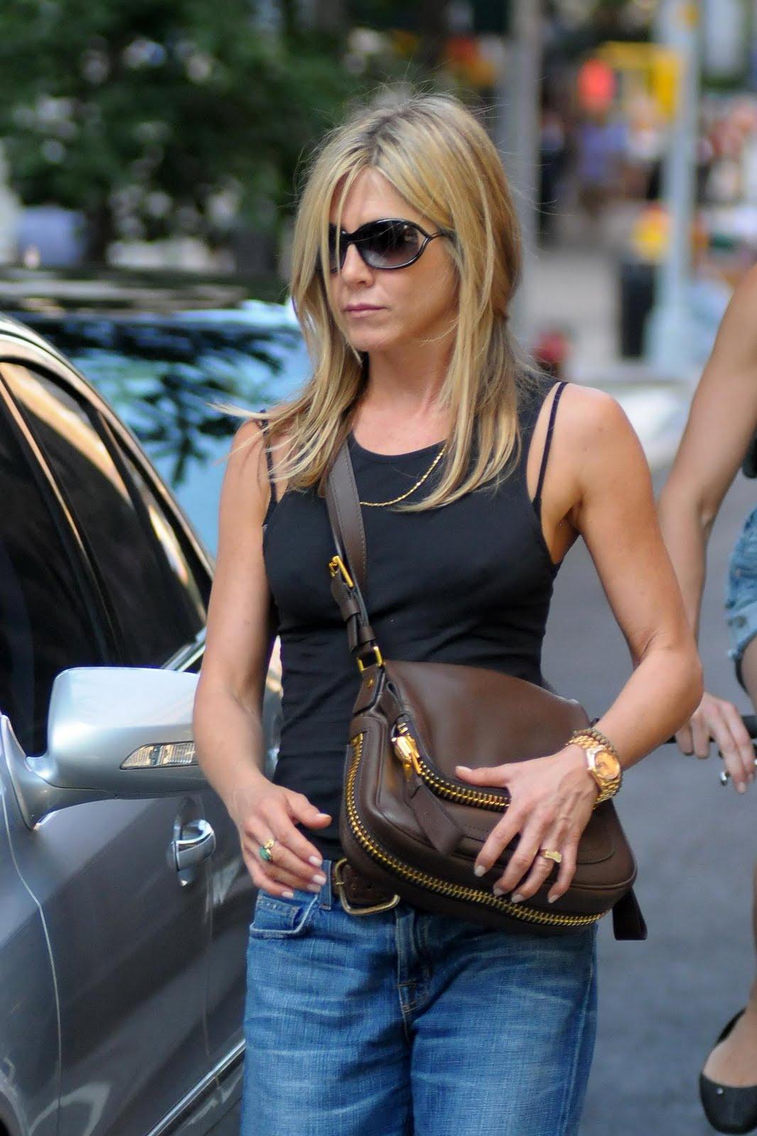 Jennifer Aniston Pokies Candids from NYC. | Perfect fucking strangers