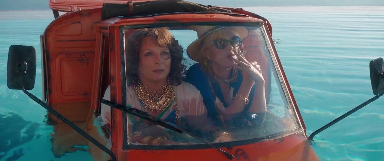 Absolutely Fabulous: The Movie (2016) 2