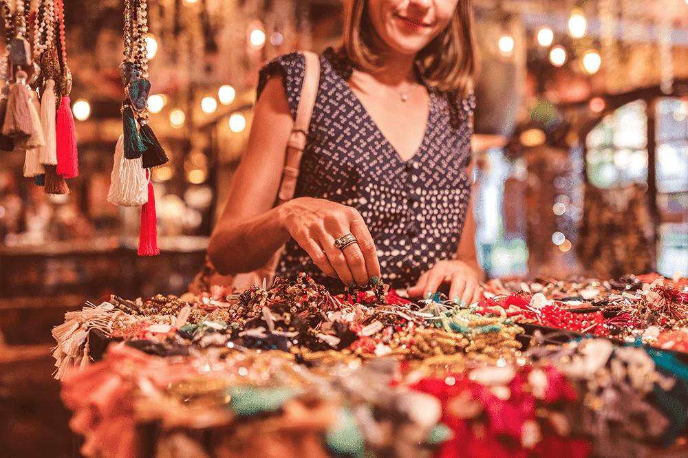 Gemcamp Laboratories: Instagram Jewelry Shops VS Traditional ...
