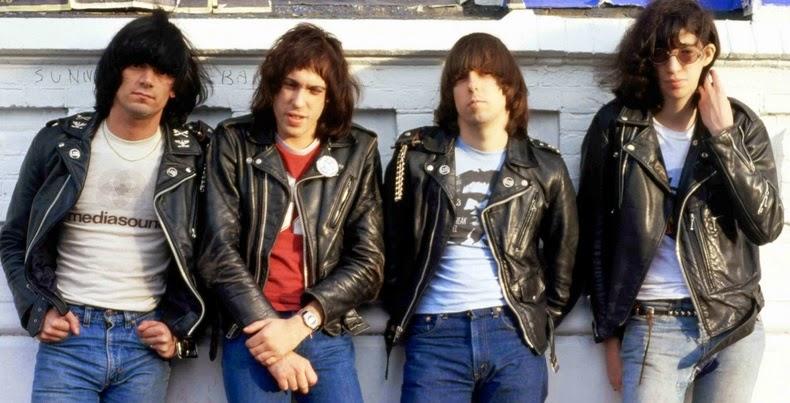 Foto Jaket Kulit Punk Rock Ramones