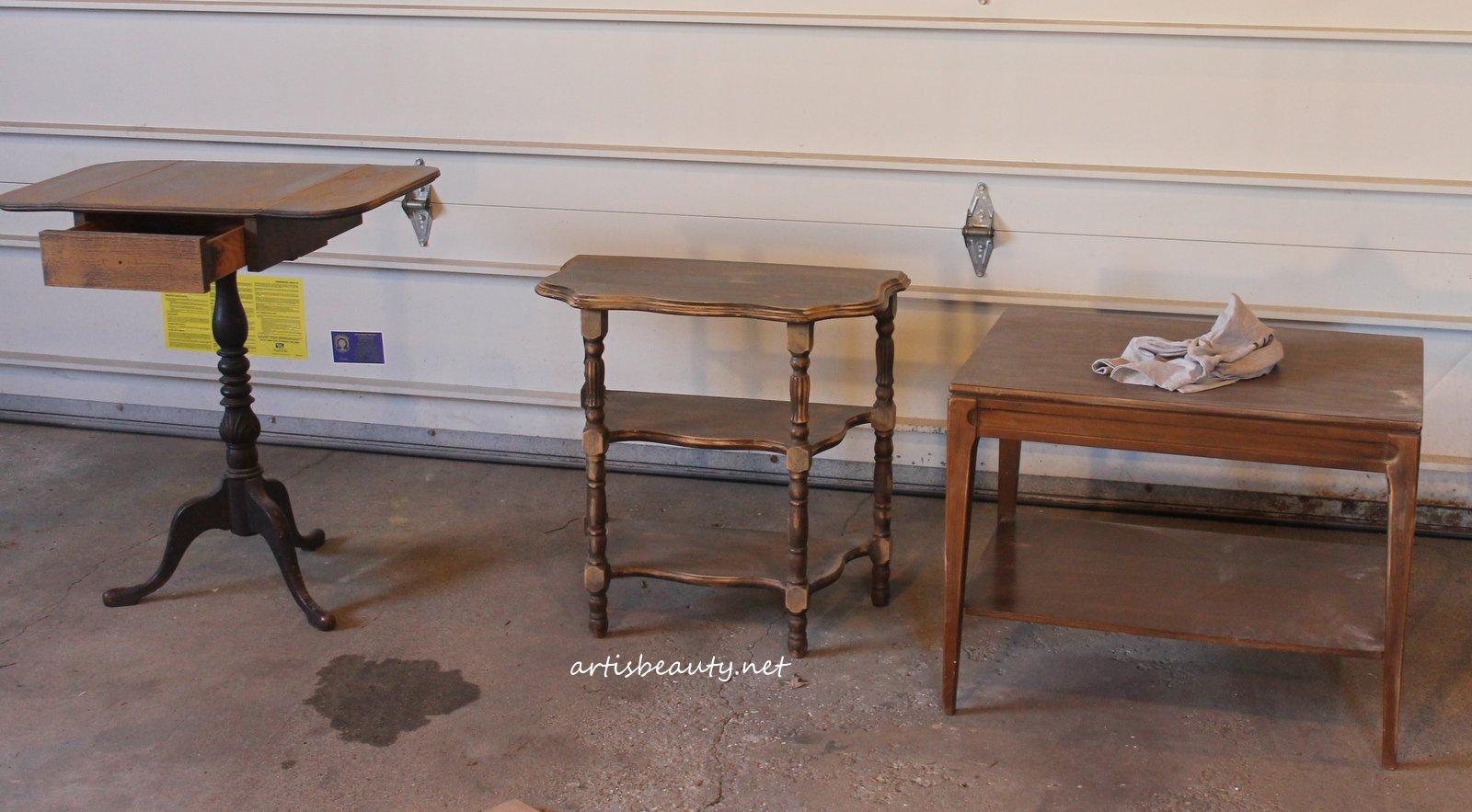 ART IS BEAUTY: Shabby Chic vintage Skeleton Key Table