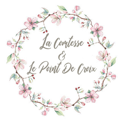 La Comtesse & Le Point De Croix
