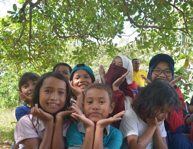 Hari Kedua Ekspedisi Nusantara Jaya 2017 Tim 1 Sultra | Malam Sahabat pesisir: Serpihan Cinta yang terserak di Pulau Towea