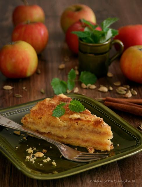jabłecznik sypany, szarlotka, z kaszką kukurydzianą, jesienne wypieki, co z jabłek
