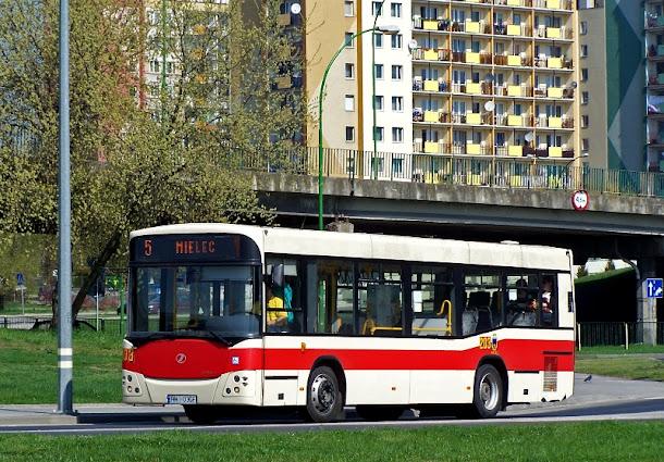 zmiany wygladu autobusow MKS