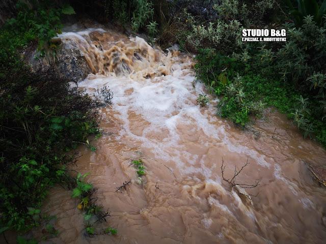 Δήμος Ναυπλιέων: Ιδιαίτερη προσοχή συνιστάται στους πολίτες λόγω έντονων βροχοπτώσεων
