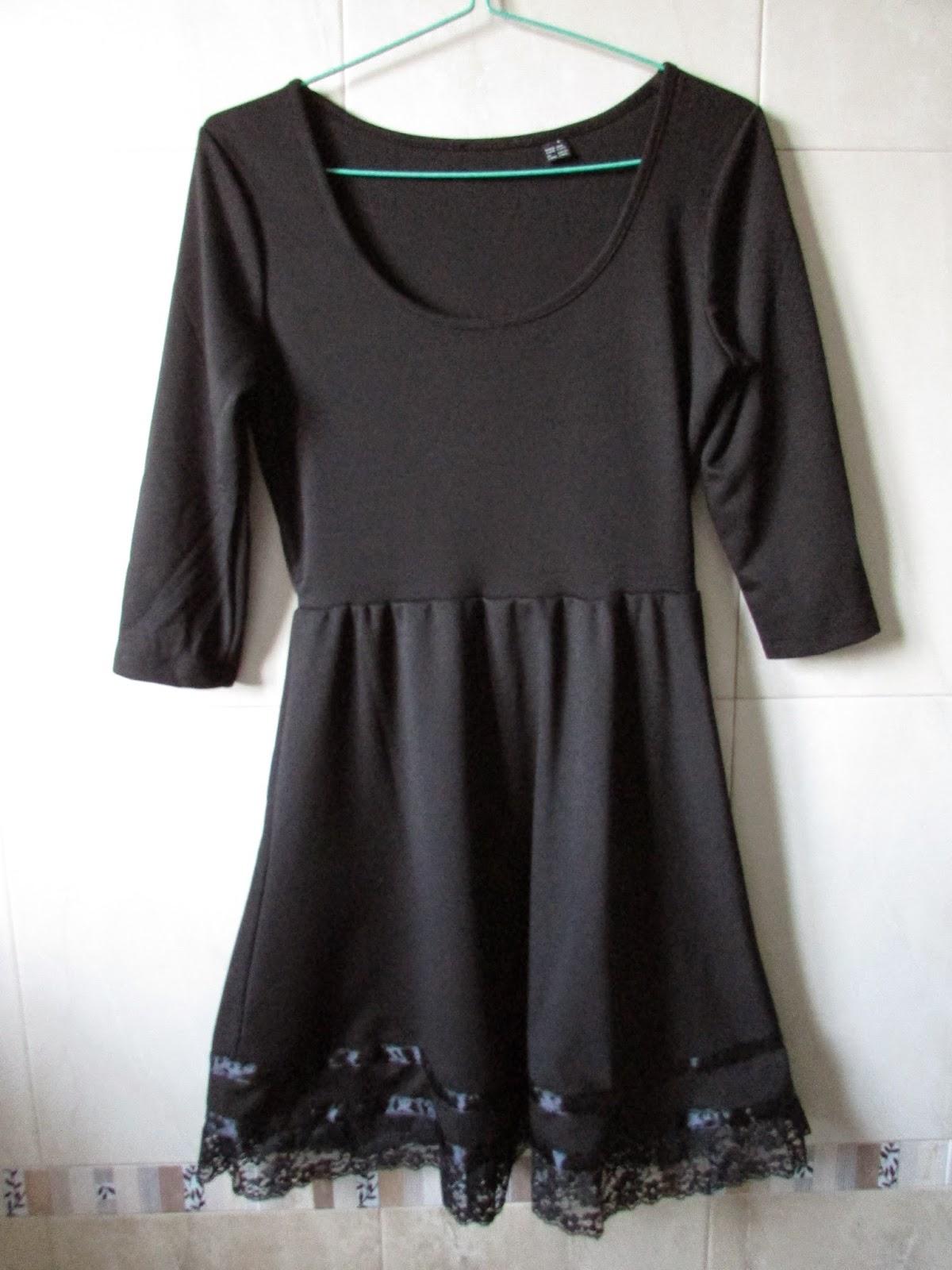 Vestido adaptado y customizado con encaje y lazo