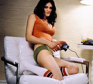 Ini Dia Gamer Tercantik dan Seksi di Dunia...! Bikin Jomblo ngiler..