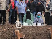 Hal Ganjil Terjadi Saat Pemakaman 4 Jenazah Teroris di Sidoarjo, Wanita Bercadar Ini Sampai Menangis