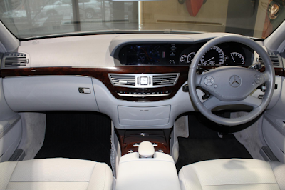 Interior Mercedes W221 S-Class Facelift