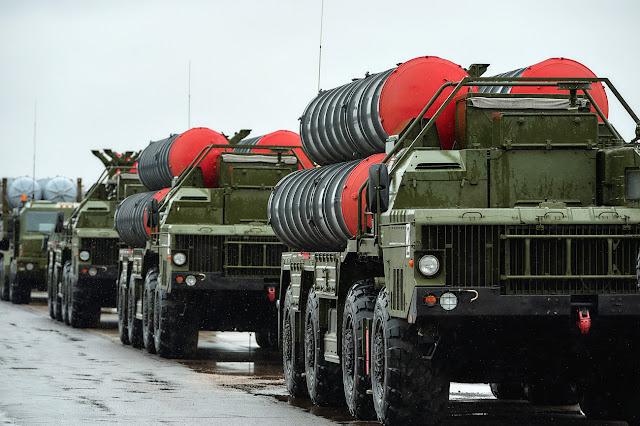 Η Τουρκία οργανώνει σε σύνταγμα τους S-400 και αλλάζει το IFF