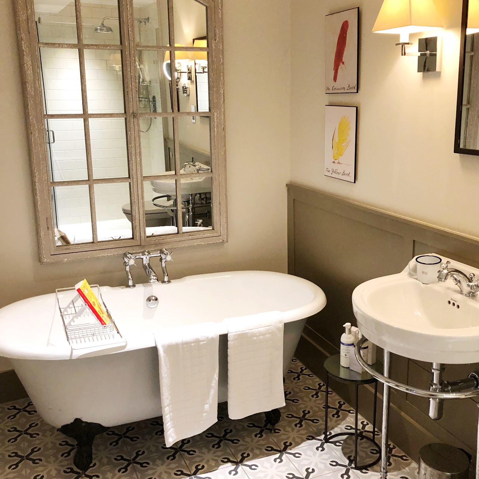 Cosy Hotel in the Cotswolds - The Painswick Bathroom
