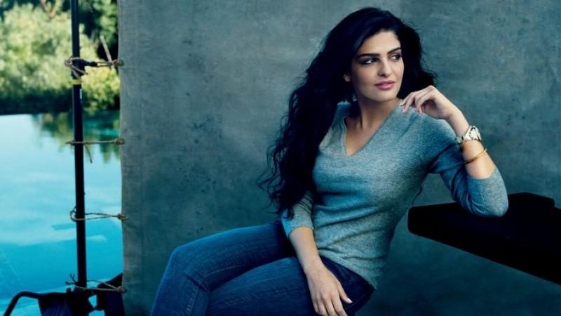 Foto cantik Putri Ameera Al Taweel