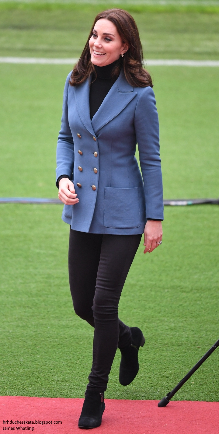 60350771182 The Duke and Duchess of Cambridge and Prince Harry visited West Ham  United s London Stadium to attend the graduation for more than 150 Coach  Core ...