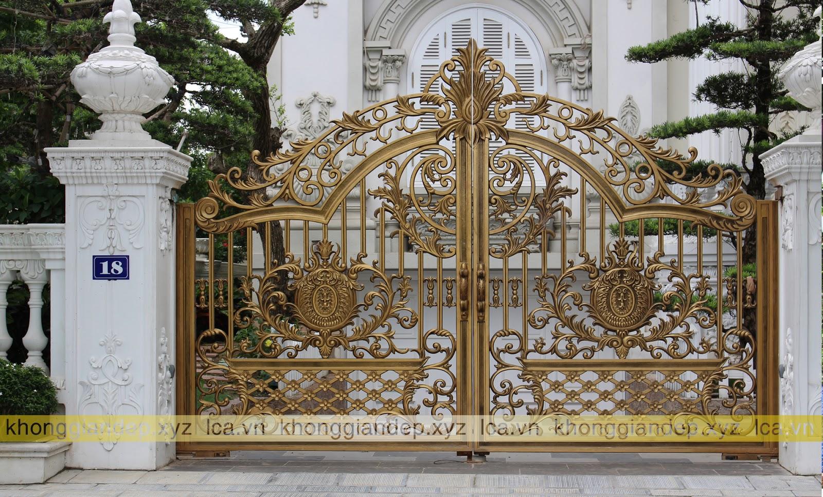 Các mẫu cổng biệt thự đẹp cổng nhôm đúc phong cách tân cổ điển