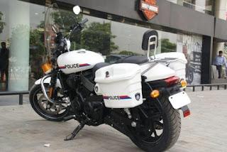 Motor Harley untuk polisi keren juga ya