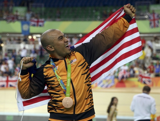 http://www.themalaymailonline.com/sports/article/azizulhasni-awang-takes-bronze-at-the-mens-track-cycling-keirin-in-rio