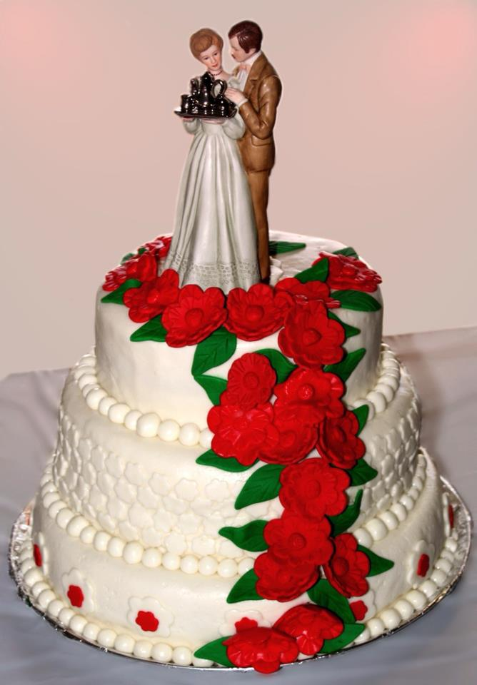 Mandy S Cakes White With Red Flowers Anniversary Cake