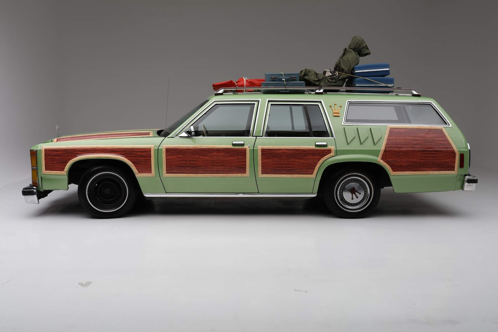 1981 FORD LTD CUSTOM STATION WAGON